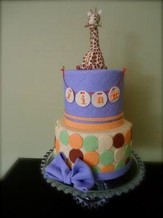 baby shower giraffe cake.