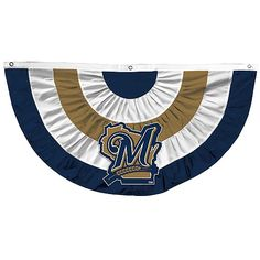 Let's keep the Fourth of July theme going with this sweet Brewers banner. This waving in the wind with fireworks blasting in the background? That's how you do July 4th.