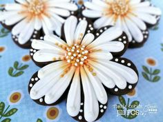Flower Cookies | Jill FCS