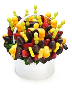 Recipe for delicious Chocolate Dipped Fruit Bouquet!