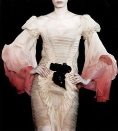 Haute Goth, via Christian Lacroix † #hautegoth #goth #aesthetics #couture #fashion #runway #catwalk #evening #gown #ChristianLacroix