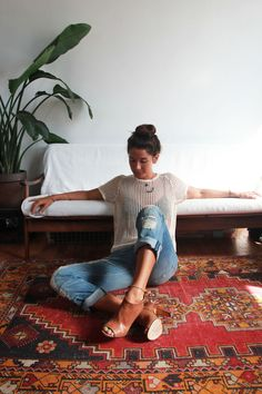 in love with this relaxed outfit; especially the shoes. Where can I find these?