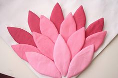 V and Co: how to: hand appliqued petal I wont to use this for a pillow