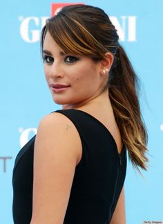 Lea Michele's ponytail and teal eyeliner is such a simple, but chic combo for summer