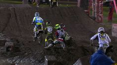 What possibly could Ryan Villopoto be thinking here? (Photo: SPEED)