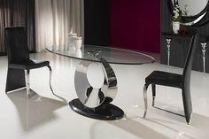 Mesas de comedor coleccion Luna. Tu tienda online de mesas de comedor. Mesa de comedor ovalada realizada en acero inoxidable, tapa de cristal biselado de 12mm y base de mármol. Puedes encontrarla en www.complementosdecoracion.com