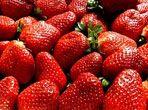 Red sweet strawberrues