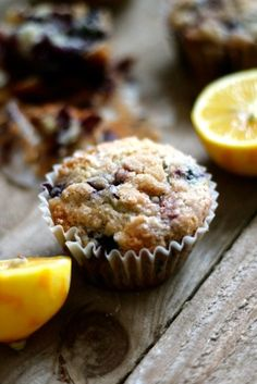Lemon Blueberry Muffins with Cinnamon Crumble Topping