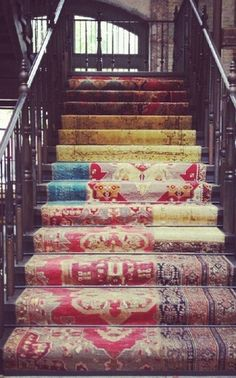 Carpeted stairs...so boho!