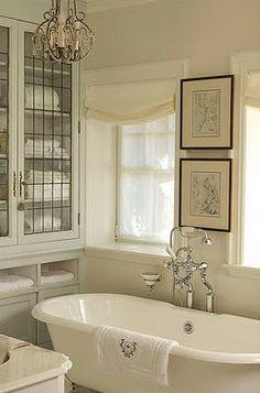 Bath design by Designer: Julie Charbonneau