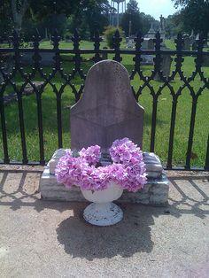 Diamond Bessie's Grave, Oakwood Cemetery, Jefferson, Texas