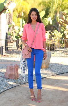Pink blouse + cobalt blue jeans + cute bag . Love!