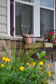 Summer porch from Whats Ur Home Story #porch