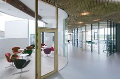 conference rooms - glass-curved wall