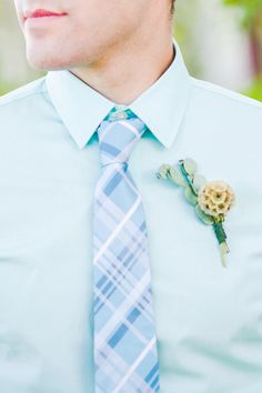 aquamint + blue groom combo, photo by Julie Shuford Photography http://ruffledblog.com/tropical-malibu-inspiration #grooms #boutonniere
