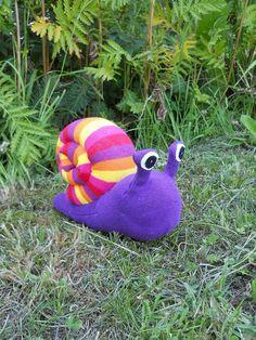 Plush sock snail