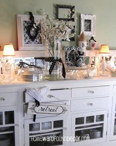 black and white winter decor from HOMEWARDfound Decor