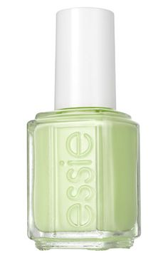 More fresh greens, this time for nails! Love this Navigate Her shade from the Essie Spring collection.