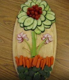 #SpringHealth #Juil #NutritionTwins Spring Veggie platter