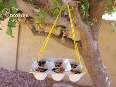 The Creative Cubby: Egg Carton Bird Feeder