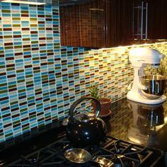 http://nezta.com/wp-content/uploads/2012/11/backsplash-glass-tile.jpg