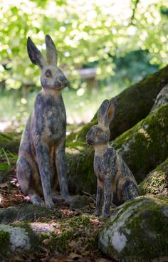 garden hare statues
