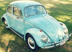 #Volkswagen #Escarabajo Alemán 1961 impecable. http://www.arcar.org/volkswagen-escarabajo-72204