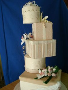 Present boxes for a wedding cake