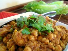 Curried Chicken + Chickpea Lettuce Wraps -- 7 Points Plus per serving
