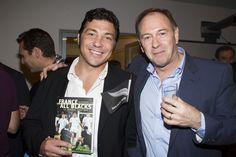 """Byron Kelleher, Rugbyman, ancien demi de mêlée des All Blacks et Ian Borthwick,  le plus français des journalistes neo-zélandais, rédacteur en chef d'Attitude Rugby, spécialiste des """"Blacks"""" et auteur de """"France-All Blacks : la légende continue!""""."""