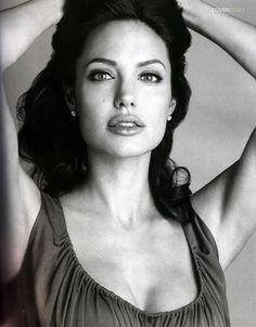 Angelina Jolie love her!!!!