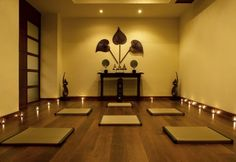 sacr space, white walls, yoga studios, candles, medit room, meditation rooms, yellow room, studio interior, design