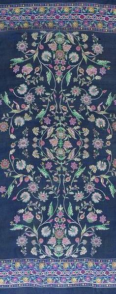 Wear a big scarf as a pareo or sarong - http://www.boomerinas.com/2014/10/03/folk-inspired-clothing-modern-folklore-fashions-fall-2014/