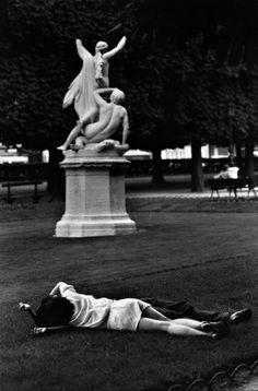 Marc Riboud - Paris, 1953.