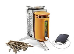 BioLite - Per ricaricare il vostro iPhone in campeggio...facendo un bel focherello!