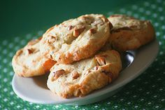 walnuts and blue cheese biscuits