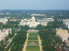 Reaching from the U.S. Capitol Building to the Lincoln Memorial, the National Mall is a tree- and museum-lined grassy expanse that becomes the focal point of many tourists' D.C. sightseeing.