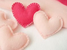 5 Felt Heart tiny plush pillows, party favors, decorations. $12.00, via Etsy.
