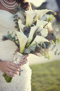 bridal bouquet peacock feathers      with turquoise bridemaids dresses :: Jordan Carter!
