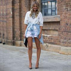 #stealthelook #look #looks #streetstyle #streetchic #moda #fashion #style #estilo #inspiration #scarpin #listrado #branco #jeans #moletom #camisa