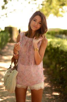 paisley & lace. cute