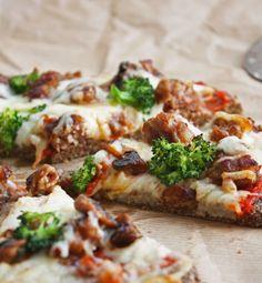 I Breathe... I'm Hungry...: Low Carb Flax & Parmesan Pizza Crust