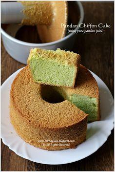 Cuisine Paradise | Singapore Food Blog - Recipes - Food Reviews - Travel: Pandan Chiffon Cake @Ellena | Cuisine Paradise