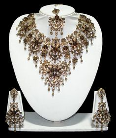 Sensational Bridal Necklace Set