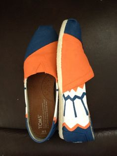 I NEED THESE. Chief toms!!!!   http://www.etsy.com/nz/listing/157989285/kooak-kustoms-fighting-illini-inspired