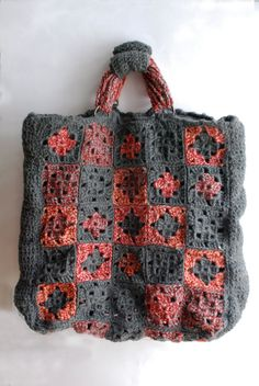 Crochet granny square tote bag gray, red