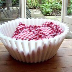 Cupcake dog bed