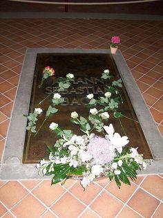 Tomb of Johann Sebastian Bach at St. Thomas Church, Leipzig