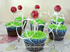 Sun Hats & Wellie Boots: Maypole Cupcakes for May Day