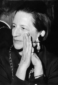 """The only real elegance is in the mind; if you've got that, the rest really comes from it.""  — Diana Vreeland"